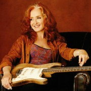 Bonnie Raitt — Queen of the Blues