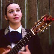 Edna Vazquez — Rosa Entre Rosas